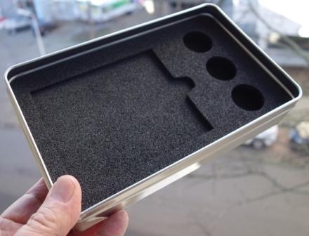 Schaumstoffzuschnitt für Metalldose